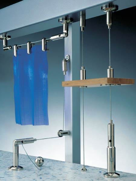 Product Catalog Decoration Products Wire Display Hanging System
